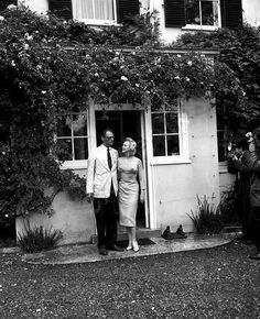 They setlted at Parkside House, in Englefield Green, Egham (near Windsor Park, an hour by car from London). They rented the superb Georgian manor to Lord North, director of the Financial Times & his wife, the actress/pianist Joan Carr,  7/1956.