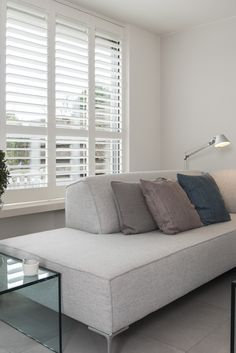Window Shutters, Blinds For Windows, Curtains With Blinds, Ideas Dormitorios, New Room, Interior Inspiration, Master Bedroom, New Homes, Lounge