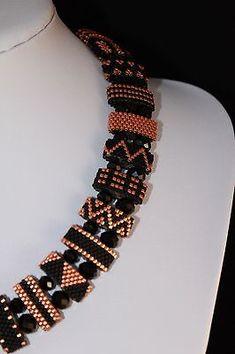 #74 -Unikat ! Handmade ! Kette aus Trägerperlen in den Farben Mattschwarz/Kupfer