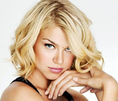 awesome Hairstyles For Square Faces - The Right Hairstyles for You - Pepino Fashion