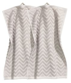 Check this out! Guest towels in cotton terry with a jacquard-weave zigzag pattern. Hanger loop on one short side. - Visit hm.com to see more.