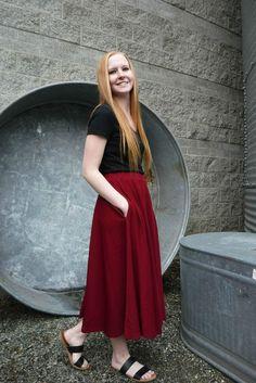Red pocket skirt side