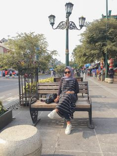 #ootdhijab #jogja #malioboro Ootd Hijab, Sidewalk, Side Walkway, Walkway, Walkways, Pavement
