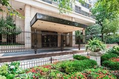 View property details for 1501 North State Parkway #20E, Chicago, IL. 1501 North State Parkway #20E is a Condo / Townhouse property with 3 bedrooms and 3 baths for sale at $1,995,000. MLS# 09044012.