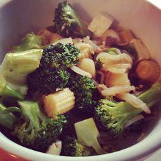Stir fry with tofu shirataki noodles and teriyaki sauce
