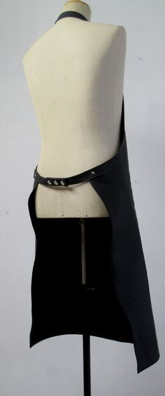 leather apron back