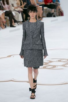 A look from the Chanel Winter 2014 Couture collection.