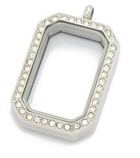 Rhinestone Rectangular Locket 30mmComes with matching chain, style and length may varyStainless Steel www.shopserendipitystyles.com/#Kshumate