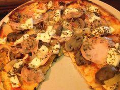 Las bases de tofu para poder hacer nuestras pizzas fitness son de preparación muy rápida y buenísimas de resultado.  Los ingredientes bási...