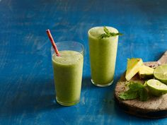 Tropical Mint Pineapple Lime Smoothie... For anyone trying to keep a resolution, but have a big sweet tooth like me!
