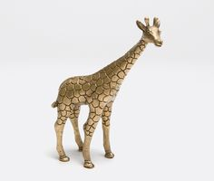Made Goods' Jennifer object Girraff. Available at the DD Building suite 715 #ddbny #maegoods