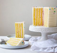 How fun is this cake?! via Brit + Co. #cakemagic