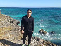 #LaFelicidadEsViajar AZUL TURQUESA DEL MAR EN SANTO DOMINGO, REPUBLICA DOMINICANA