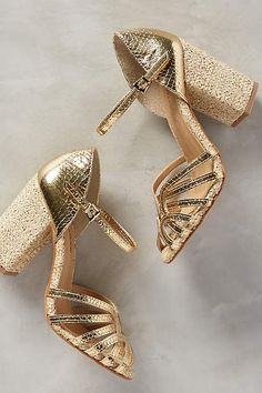 Raphaella Booz Calla Heels Wondering if these are gold or silver in colour. Shoe Boots, Shoes Heels, Pumps, Crazy Shoes, Me Too Shoes, Gold Block Heels, Heeled Espadrilles, Peep Toe, Clutch