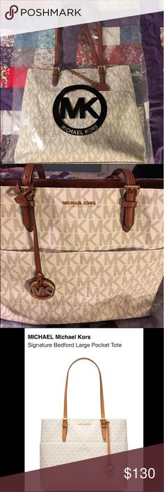MICHAEL Michael Kors Signature Bedford Large Tote NEW-See photo for description-No low balling. I paid Retail @$228. Reasonably Priced Michael Kors Bags Totes