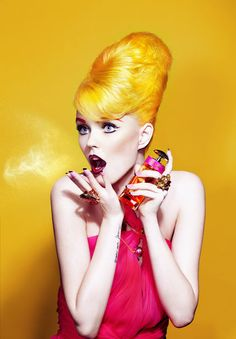 The most intense, long-lasting, semi-permanent hair color out there. Conditions hair as it colors. Locks, Pastel Wig, Estilo Pin Up, Yellow Hair, Glamour, Hair Photo, Mellow Yellow, Hair Designs, Sensual