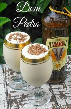 Pinner says: Dom Pedro ~ best South African drinking dessert! - Vanilla Ice Cream, Amarula Liqueur (or Kahlua), Cream, and Chocolate. by Creative and Delicious (With a Blast) Cocktail Drinks, Fun Drinks, Yummy Drinks, Cocktail Recipes, Alcoholic Drinks, Beverages, Dessert Drinks, Dessert Shots, South African Dishes
