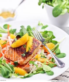 Delicious & Healthy Baked Salmon Recipes - Orange Ginger Salmon Fillet over a bed of Daikon Radish & Baked Salmon Recipes, Fish Recipes, Seafood Recipes, Cooking Recipes, Healthy Recipes, Salad Recipes, Fish Dishes, Seafood Dishes, Chefs