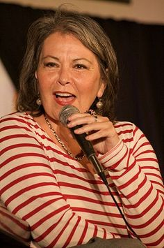 TIL Roseanne Barr was offered the role of Peg Bundy on Married With Children but turned it down to create her own sitcom Roseanne. Both shows are credited with pioneering sitcoms about dysfunctional families. Jewish Comedians, Female Comedians, Stand Up Comedians, Roseanne Barr, Salt Lake City, Utah, Valerie Jarrett, List Of Famous People, Married With Children