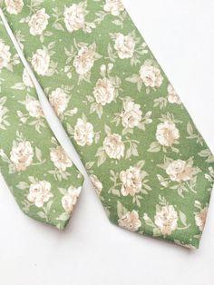 Floral tie blush pink skinny tie Mens skinny tie by BeauTieUK