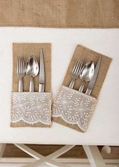 Renkli Burlap Crafts, Diy And Crafts, Sewing To Sell, Napkin Folding, Quilted Table Runners, Wedding Crafts, Deco Table, Thanksgiving Table, Table Linens