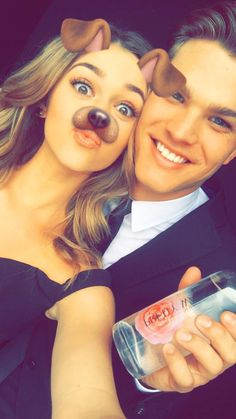 Cutest pic of Sadie and her fiancé!!!