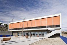 La Vorada Center for Seniors / taller 9s arquitectes | http://www.plataformaarquitectura.cl/2013/01/09/la-vorada-center-for-seniors-taller-9s-arquitectes/50da5124b3fc4b2189000341_la-vorada-center-for-seniors-taller-9s-arquitectes__n7x4619-jpg/#
