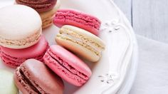 Macaroon Dessert Food Cookies On Plate Photo Gallery Picture HD