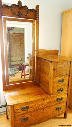 Best classic cars and more! Bedroom Dresser With Mirror, Antique Dresser With Mirror, Mirror Vanity, Antique Dressers, Antique Cabinets, Craftsman Furniture, Antique Furniture, Victorian Furniture, Antique Decor
