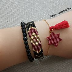 108 mentions J'aime, 2 commentaires – ( . Loom Bracelet Patterns, Bead Loom Bracelets, Bead Loom Patterns, Beaded Jewelry Patterns, Woven Bracelets, Beading Patterns, Bead Jewellery, Seed Bead Jewelry, Diy Jewelry
