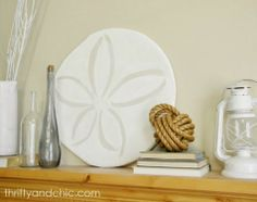 Pottery Barn Knock-off Oversized Sand Dollar - another beach room accent! Pottery Barn Hacks, Styrofoam Crafts, Beach Room, Beach Art, Pottery Barn Inspired, Coastal Living Rooms, Shops, Beach Crafts, Diy Crafts