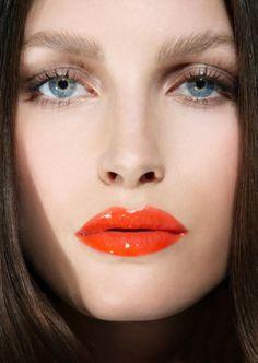 #glossyshine #feelunique #lipgloss
