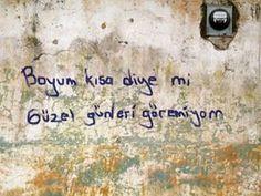 ;)))))) ;)))))))Hayırr PLATONİK EZİK. Ederini ve haddini aşan işlerin peşinde koşturup , gerçeklerinden kaçan bir korkak olduğun için. ;)))))))))))) Tokatlaya tokatlaya haddini öğrettik . ;)))))))) Wall Writing, Sad Stories, Facebook Photos, Funny Wallpapers, Galaxy Wallpaper, Going Crazy, Motto, Cool Words, Quotations