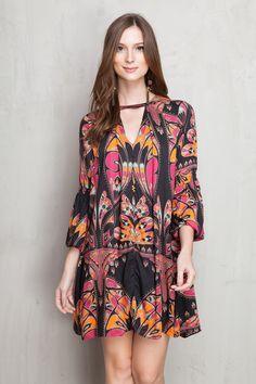 vestido decote v estampado butterfly | Dress to