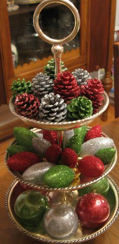 What Is So Fascinating About Three Tier Stand Decor 83 Christmas Tea, Christmas Scenes, Country Christmas, Christmas Holidays, Merry Christmas, Christmas Centerpieces, Xmas Decorations, Tiered Stand, Tray Decor