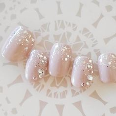 Image may contain: food Fun Nails, Pretty Nails, Japanese Nail Art, White Nails, Nail Arts, Wedding Hairstyles, Nail Designs, Pearl Earrings, Make Up