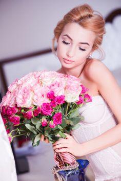 Pink Roses for Valentine's day w/ Diana Rogo.  DYROGUE l www.dianarogo.ro