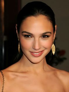 Explore famous, rare and inspirational Gal Gadot quotes. Here are the 10 greatest Gal Gadot quotations on acting, talent, life and success. Beautiful Celebrities, Most Beautiful Women, Beautiful People, Beautiful Smile, Gal Gadot Model, Gal Gardot, Gal Gadot Wonder Woman, Pretty Face, Girl Crushes