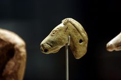Horse Head sculpture from Ice Age Art: The Arrival of the Modern Mind exhibition at British Museum British Museum, Ancient History, Art History, European History, Ancient Aliens, American History, Art Pariétal, Paleolithic Art, Arte Tribal