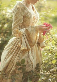 Historical Romance, Historical Clothing, Historical Dress, Victorian Era, Victorian Fashion, Georgian Era, Vintage Fashion, Idda Van Munster, Princess Aesthetic
