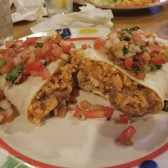 California Burrito from Mi Pueblo. Way too big for me but delicious. ���� #mipueblo #burrito #mexico #mexican #mexicanfood #dinner #dinnerideas #dinnerdate #mexicancuisine #chicken #food #foodporn #foodstagram #foodblogger #foodie http://w3food.com/ipost/1520639705514005712/?code=BUaZcFmhFTQ
