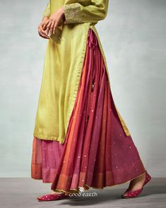 In Fashion Women S Watches Product Lehenga Designs, Kurta Designs, Blouse Designs, Indian Attire, Indian Wear, Indian Dresses, Indian Outfits, Eid Dresses, Anarkali
