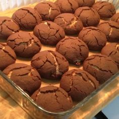 Chocolate Pastry, Brownie Cookies, Pastry Cake, Turkish Recipes, Afternoon Tea, Scones, Biscuits, Muffin, Food And Drink