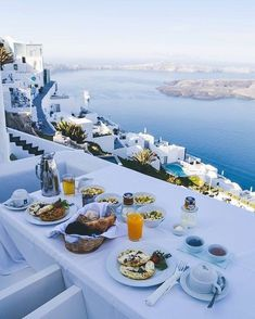 Brunch in Greece Vacation Places, Vacation Destinations, Dream Vacations, Vacation Spots, Places To Travel, Places To See, Greece Destinations, Greece Vacation, Greece Travel