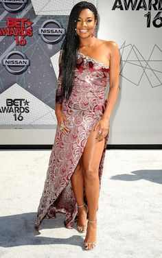Gabrielle Union in a one-shoulder red-and-silver Marc Jacobs dress at the 2016 BET Awards Star Fashion, Fashion News, Fashion Show, Marc Jacobs Dress, Bet Awards, Glam Girl, Night Looks, Red Carpet Dresses, Red Carpet Looks