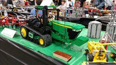 John Deere 9630 T tractor Lego Tractor, Tractors, Lego Vehicles, Pete Wentz, Lego Stuff, Cool Lego, Lego Ideas, Lego City, Legos