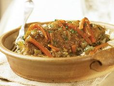 Old-Fashioned Chicken Fricassee From Cooking Light A classic chicken stew with chicken breasts simmering in white wine and vegetables is sure to bring comfort to your table. Low Fat Chicken Recipes, Healthy Soup Recipes, Turkey Recipes, Cooking Recipes, Eat Healthy, Indian Chicken, Turkey Dishes, Marinated Chicken, Soups