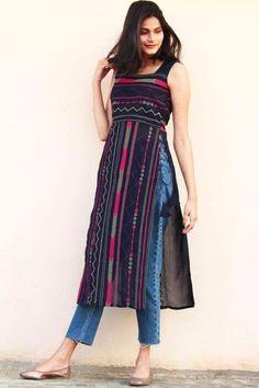 Simple Kurta Designs, Kurti Neck Designs, Kurta Designs Women, Kurti Designs Party Wear, Stylish Dresses For Girls, Stylish Dress Designs, Designs For Dresses, Stylish Kurtis Design, Casual Indian Fashion
