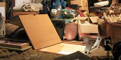 These Old Items Hiding in Your Attic Are Worth a Ton of Money Today Attic Playroom, Attic Rooms, Attic Office, Attic Renovation, Attic Remodel, House Cleaning Tips, Cleaning Hacks, Cleaning Solutions, Cleaning Products