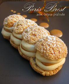 Paris Brest al pralinato Guava Pastry, Choux Pastry, Shortcrust Pastry, Fish Recipes, Sweet Recipes, Whole Food Recipes, Eclairs, Profiteroles, Pastry Recipes